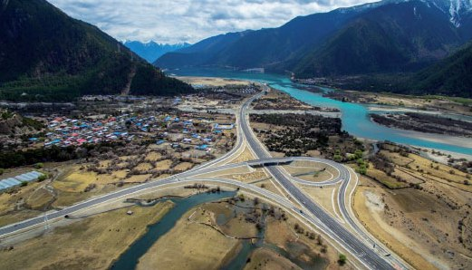 New roads drive Tibet's growth onto the fast track