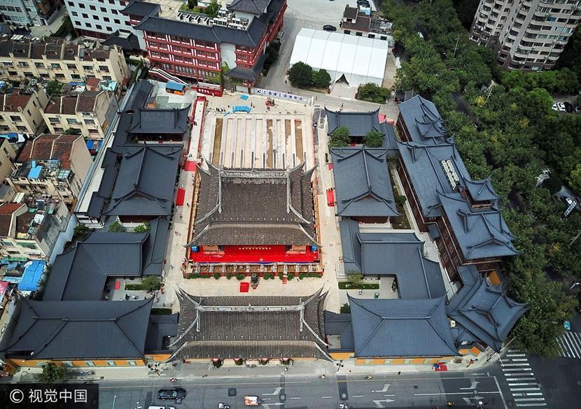 Antike Tempelhalle in Shanghai wird um 30 Meter verschoben