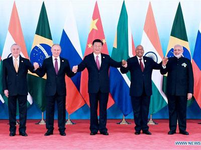 Xi Jinping plädiert für Ausbau der Zusammenarbeit zwischen BRICS-Staaten