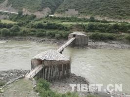 雅砻江,一条不再沉寂的大河——甘孜行纪之十八