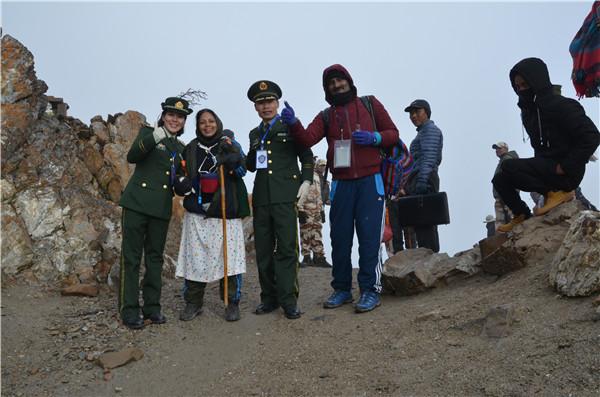 西藏普兰边检站圆满完成2017年度印度官方香客边防检查任务