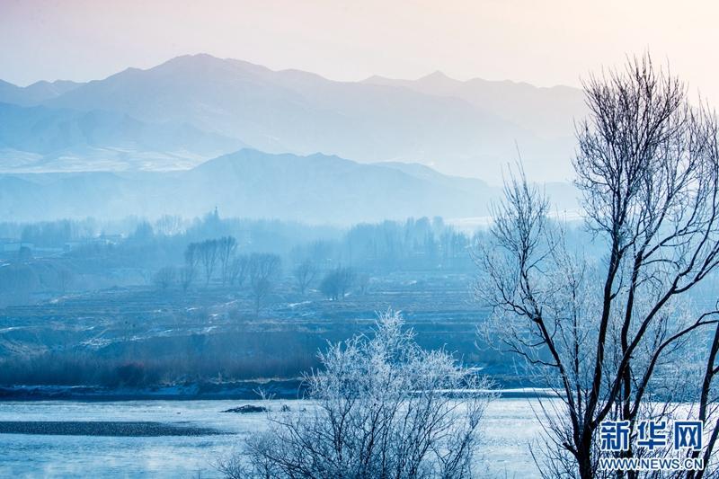 Nebel kommt auf im winterlichen Guide