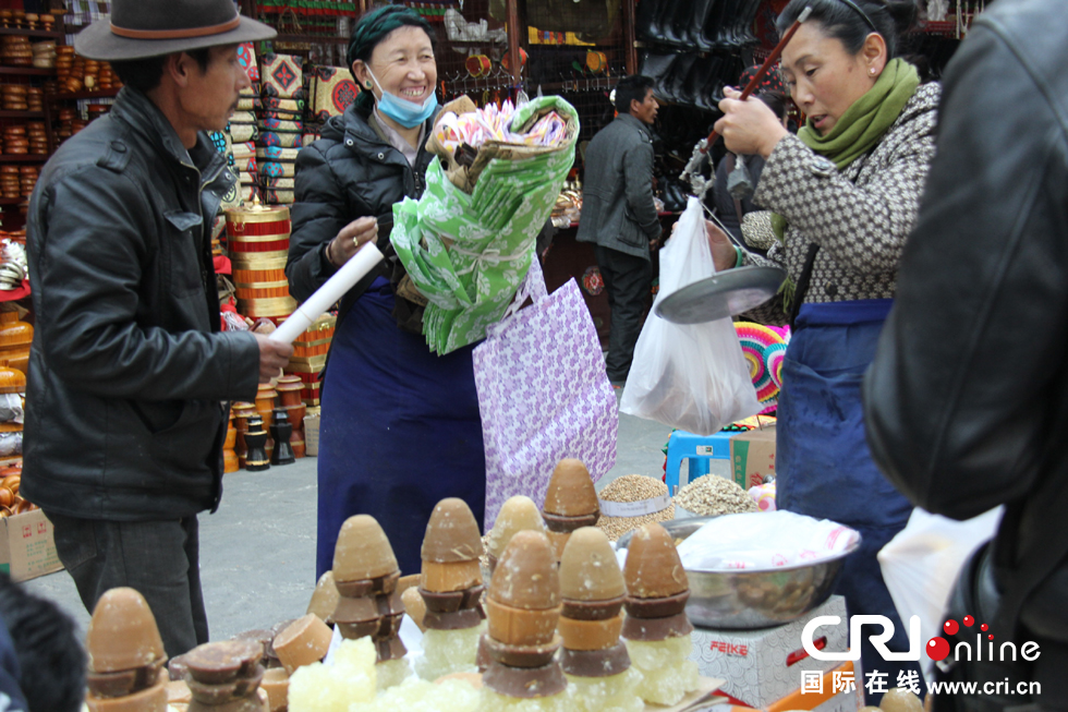 Markets prepare for holidays in Tibet