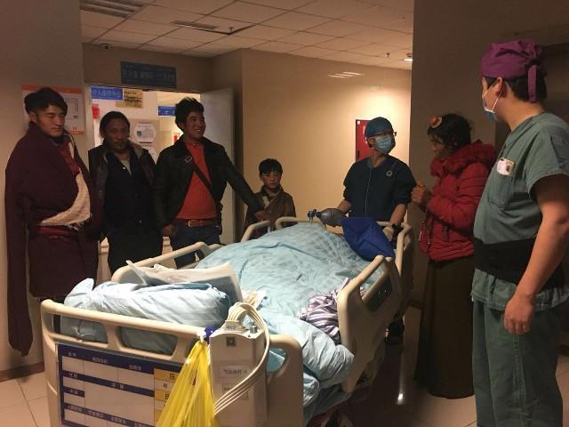 Autogene Lebertransplantation bestätigt die medizinische Veränderung in den tibetischen Regionen