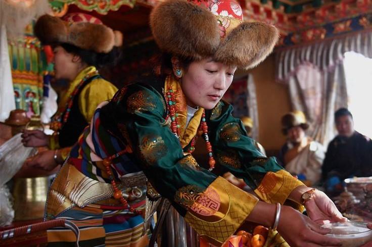 Dörfler von Xigaze begrüßen neues Jahr