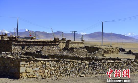 Höchste Gemeinde Chinas nimmt Abschied vom Stromausfall