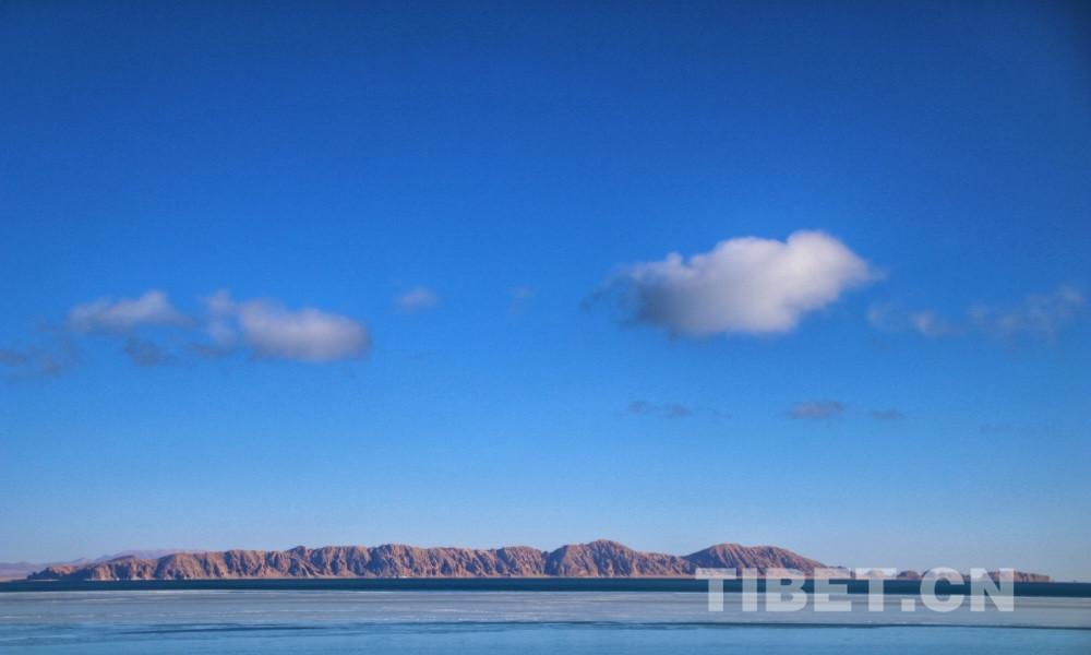 看过西藏的山,再看西藏的水