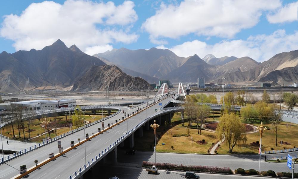 从影像中的桥梁看西藏交通巨变