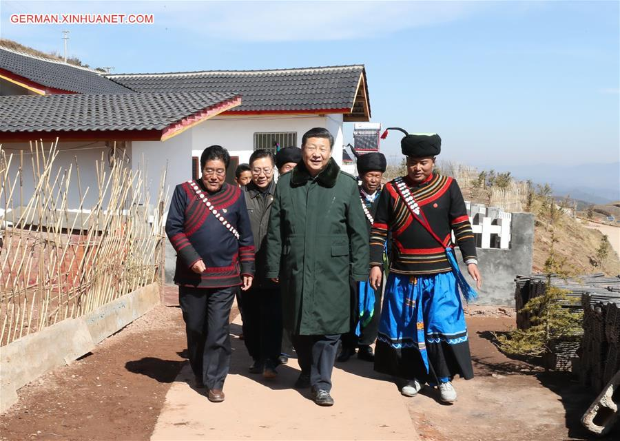 Xi Jinping inspiziert Sichuan