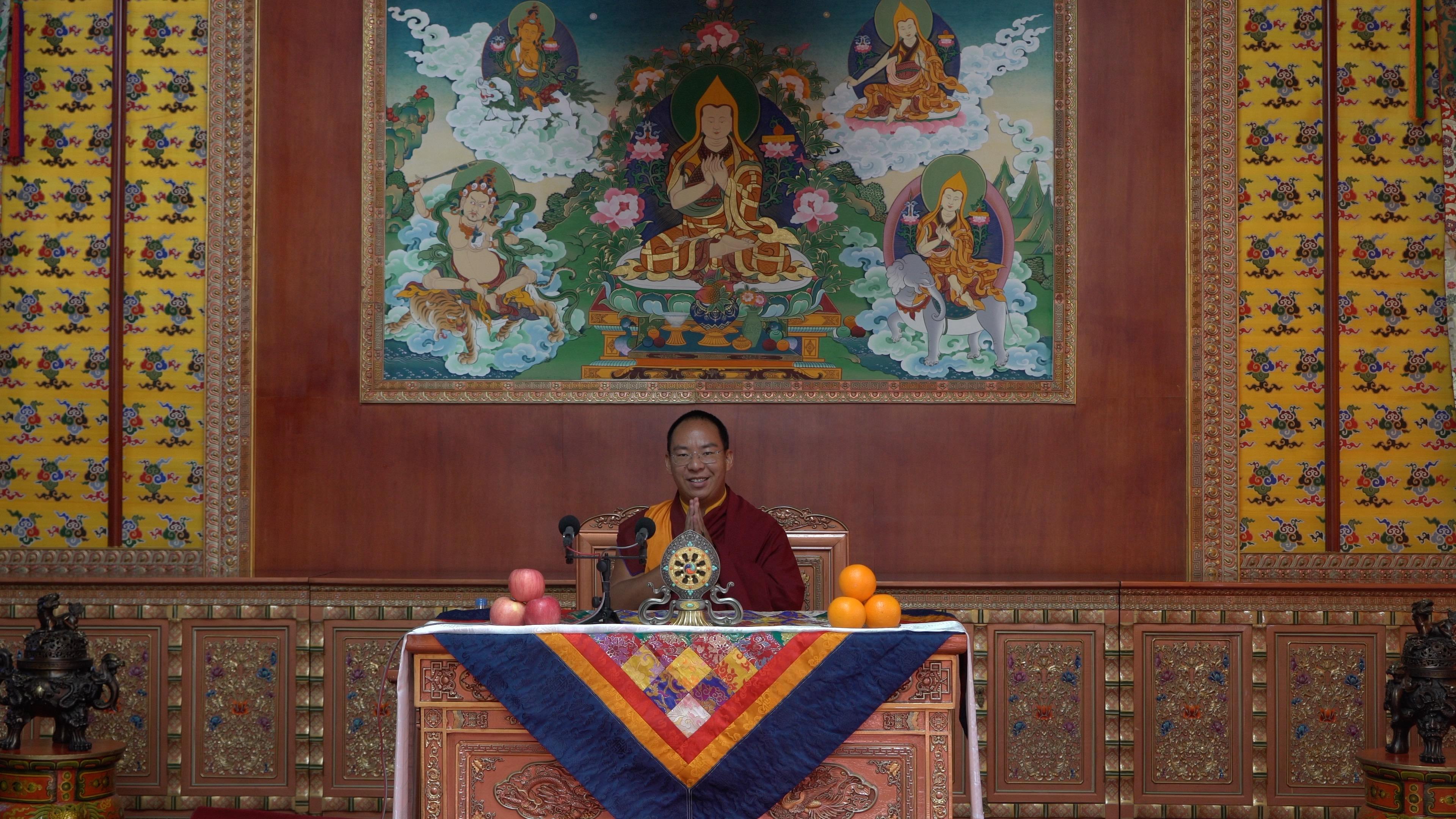 [Video]  Penchen Lama begrüßt das neue Jahr