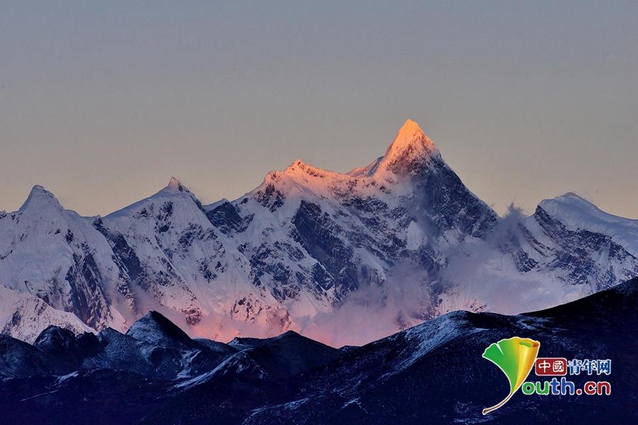 Tibet: Pfirsichblüten am dritten Pol der Erde