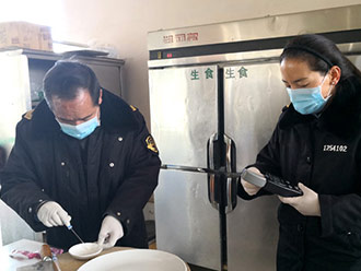 """西藏开展食品安全大检查 守护百姓""""舌尖上的安全"""""""