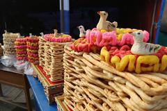 春节藏历新年临近 山南喜庆氛围渐浓
