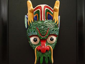 白马藏族民间工艺美术的传承与创新
