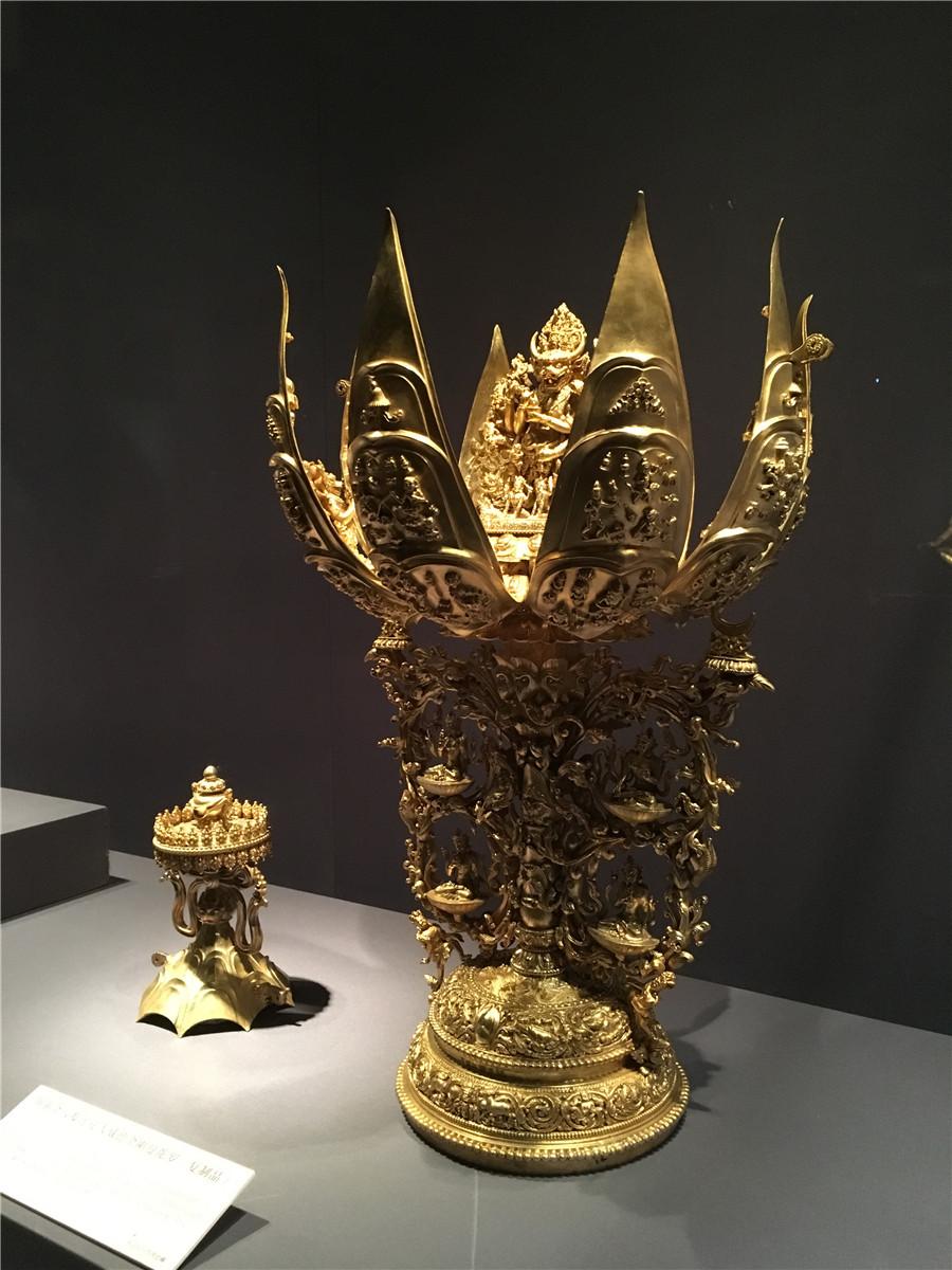 Tibetan relics on display at Capital Museum in Beijing