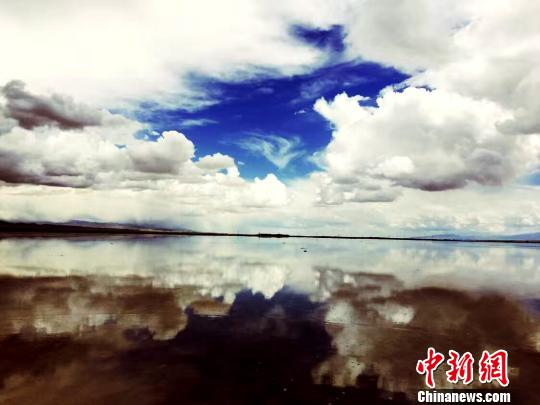 """China's """"mirror of the sky"""" to reopen from April"""