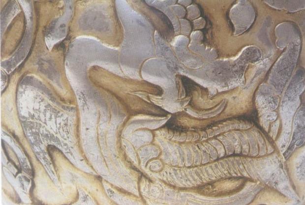 Heilige Tiere mit Flügeln auf Gold- und Silbergegenständen von Tubo (Teil 1)