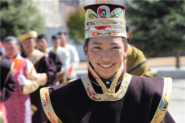 Zwei Tagungen: Errungenschaften der tibetischen Bildung