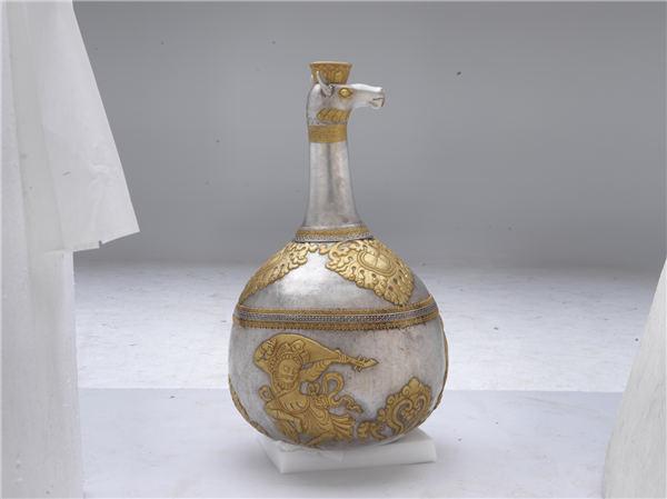 Treasure trove from Tibet