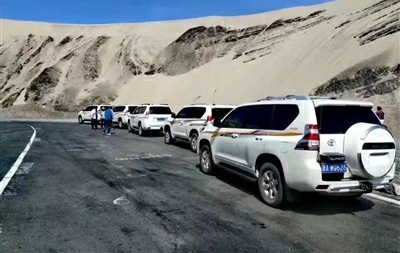 Car rental comes into fashion  in Tibet