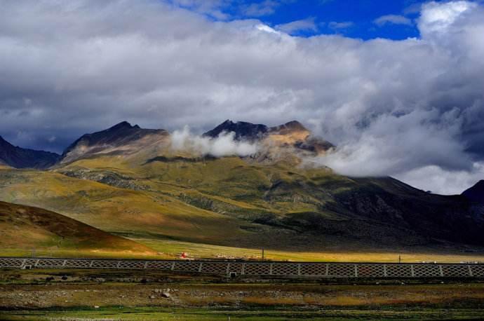 庄严:推动西藏非公有制经济持续健康发展