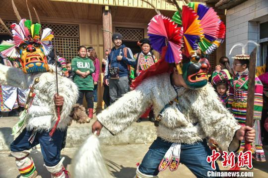 """Chigezhou"" findet in Longnan in Gansu statt"