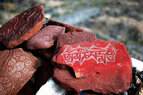 Yushu stone carving expected to apply for status later this year