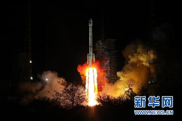"""China wird neuen Satelliten mit leistungsfähigem """"Gehirn"""" ins All schicken"""