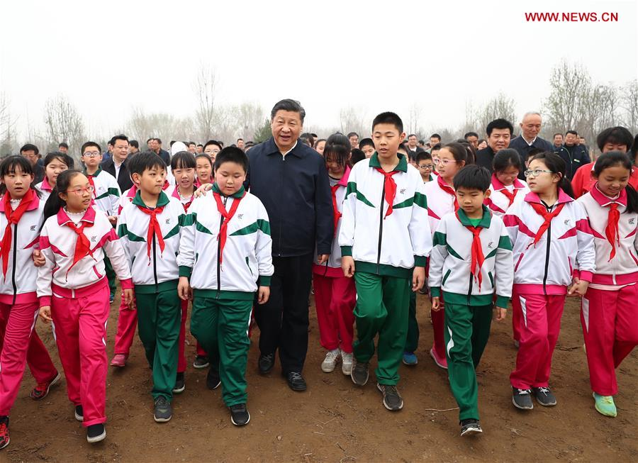 "Xi stresses efforts to win ""three tough battles"""