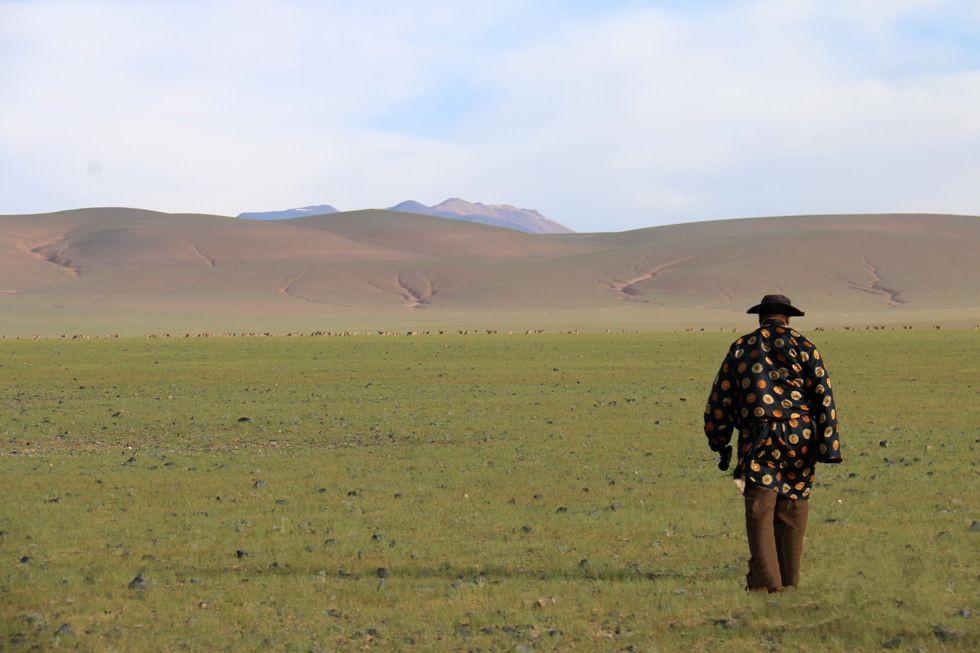 Vater und Sohn schützen Tibet-Antilopen