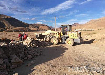 Dorf Lalong in Tibet: Straßenbau zur Armutsbekämpfung und für Wohlstand
