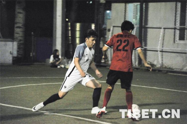 Das Fußballfest der jungen Tibeter