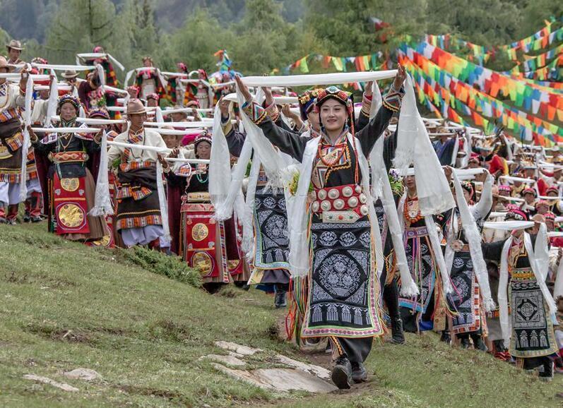 """Opferritual zum Drachenbootfest"" des Autonomen Bezirks Ngawa findet bald statt"