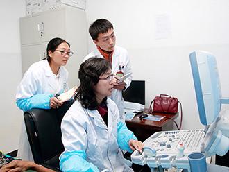 【全民健康•幸福若尔盖】北京医疗专家在若尔盖县开展义诊活动