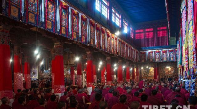 藏传佛教学经僧人晋升格西拉让巴学位夏季预考开考