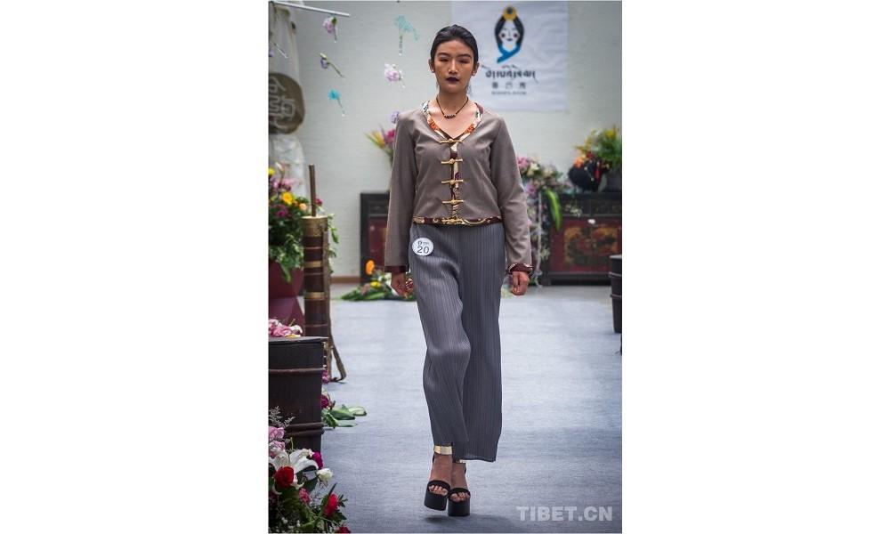 第二届中国藏模大赛西藏海选首日,选手惊艳亮相