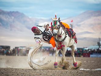 骑最烈的马,驰骋在天上阿里