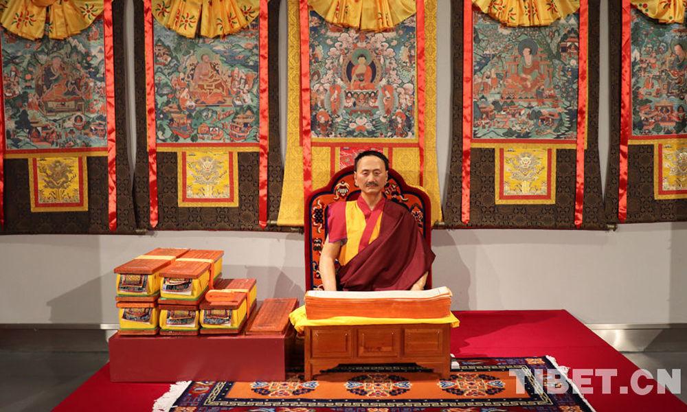 出家不忘爱国——记抗战时期的藏传佛教高僧大德