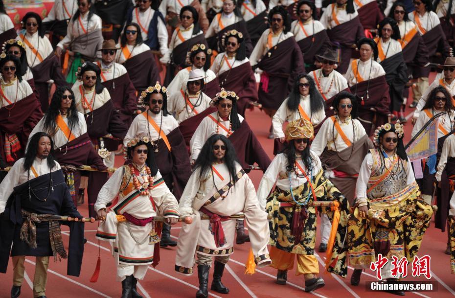 四川第十五届少数民族传统体育运动会拉开序幕