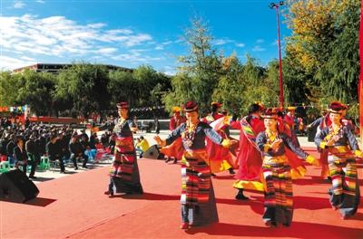 西藏民族团结工作:真情浇灌团结花 同心共筑中国梦
