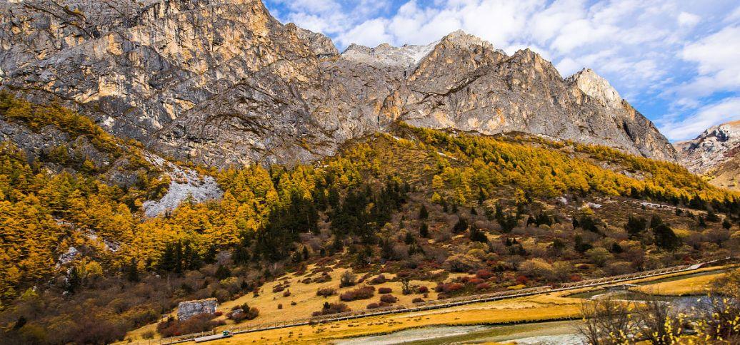 纪念西藏民主改革60周年:党的光辉照耀雪域高原