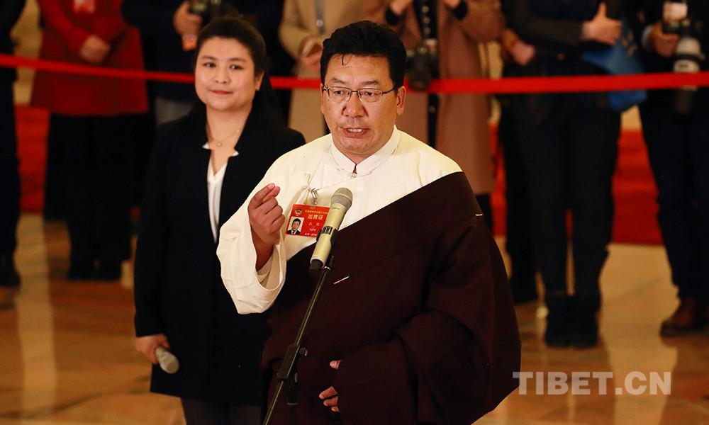 """""""委员通道""""再启 西藏教师扎西等9位委员亮相"""