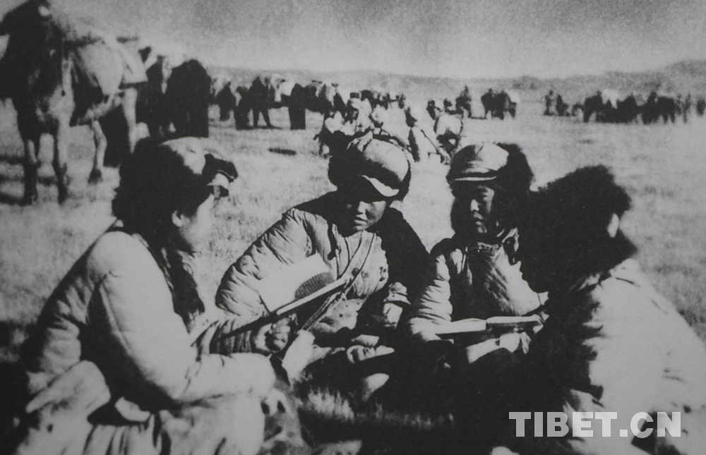 图集琐忆 | 首批进军西藏的女兵们