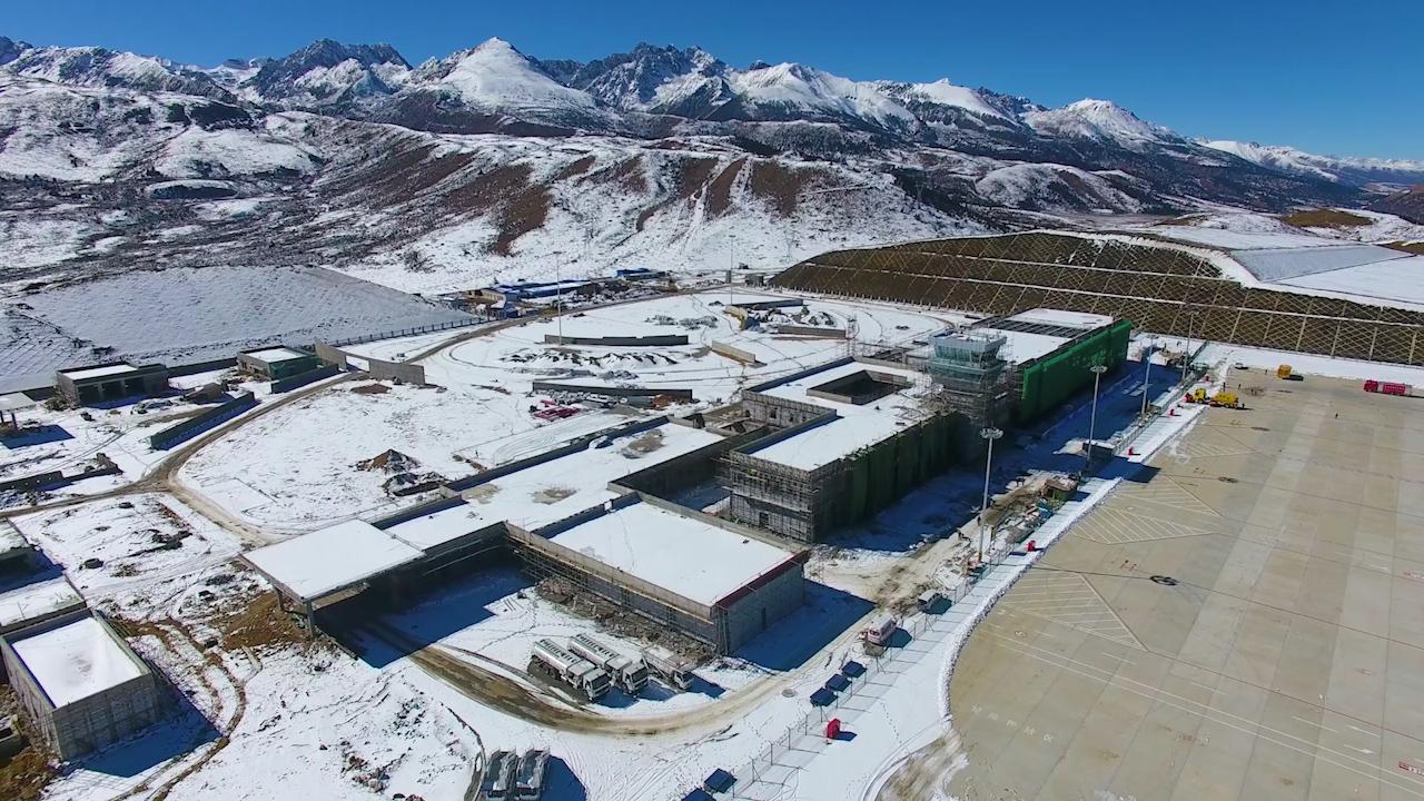 雪域高原新航站:格萨尔机场