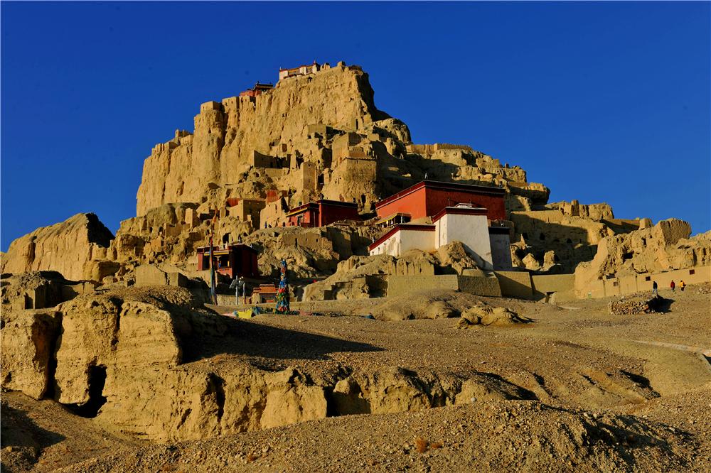 土林环抱的古格王朝遗址苍凉壮美