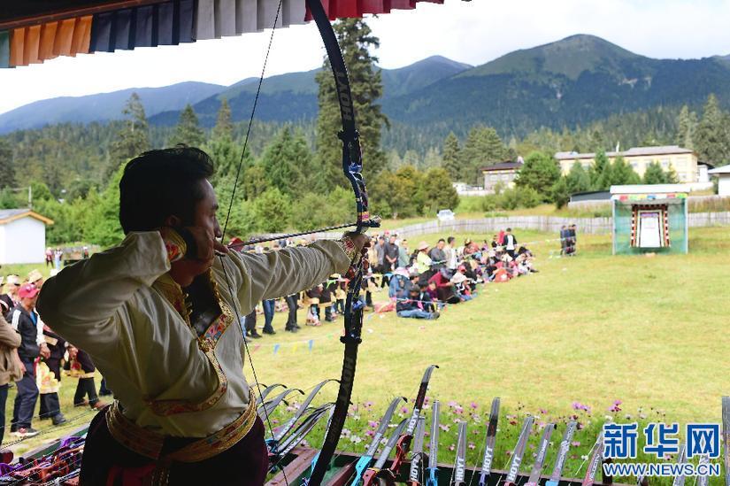 西藏鲁朗:庆祝工布牧歌民俗文化旅游节