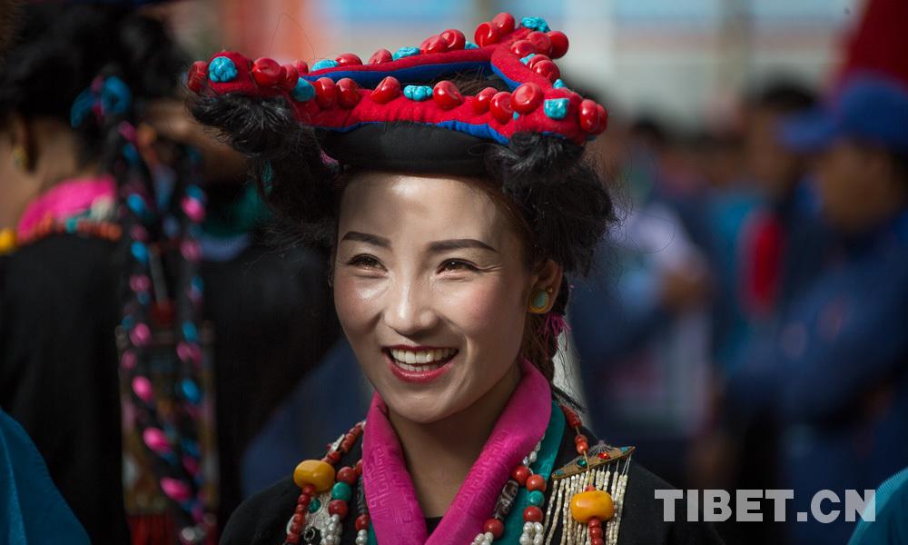 展新时代农牧民风采 西藏日喀则市首届农牧民运动会开幕