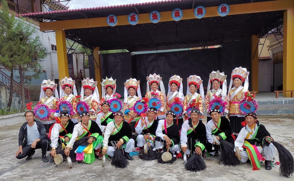 【七彩云南行】迪庆塔城热巴和民族特色服饰的魅力