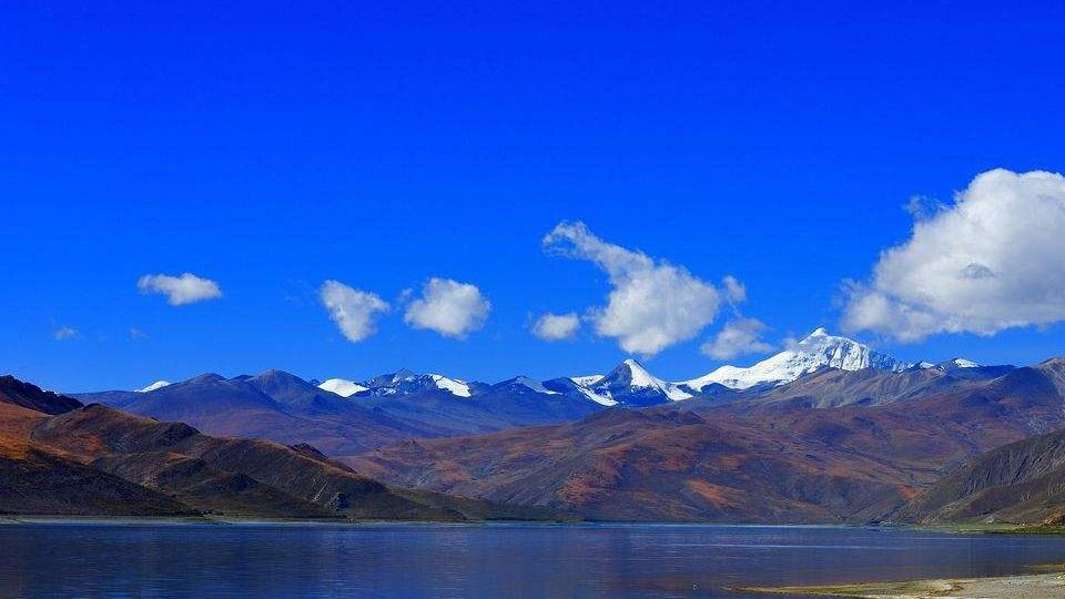 达赖集团阻止不了西藏前进步伐