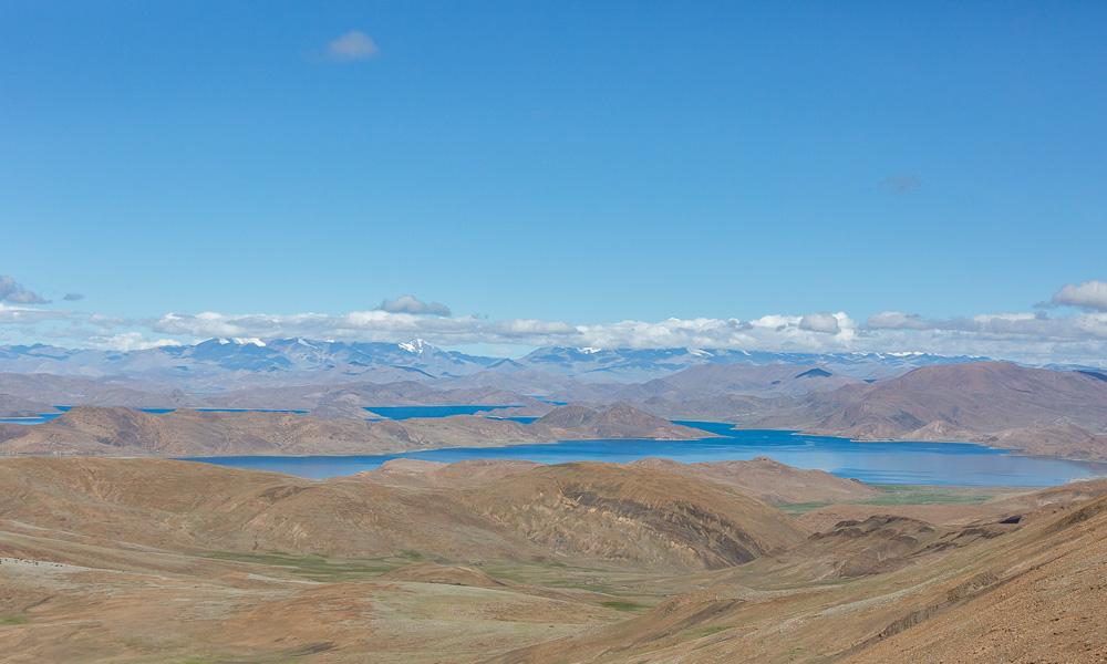 """羊卓雍措:散落在高原的""""蓝宝石"""""""